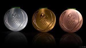 علی هاشمی و بهداد سلیمی مدال های خود را به موزه آستان قدس رضوی اهدا کردند