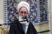 دشمنان به دنبال ربودن عقاید دینی جوانان هستند
