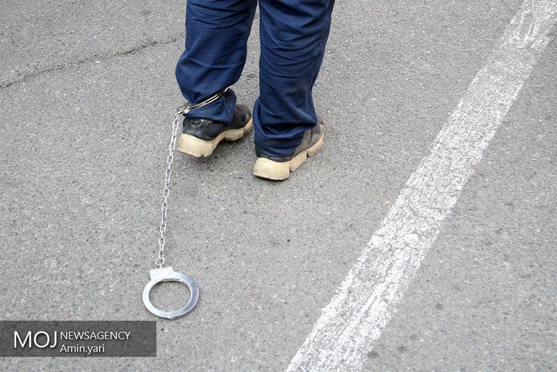 فروشنده دلارهای جعلی بازداشت شد