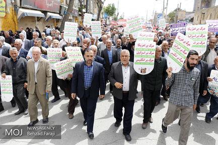 راهپیمایی نمازگزاران در حمایت از بیانیه شورای عالی امنیت ملی