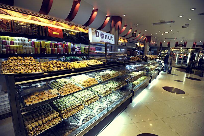 کاهش تقاضا برای خرید شیرینی و شکلات در مازندران