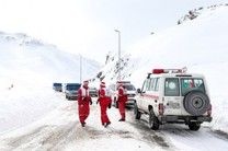 امدادرسانی هلال احمر به 54 حادثه دیده گرفتار در برف در اصفهان