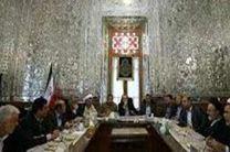 نشست مشترک نمایندگان سه فراکسیون با لاریجانی درمورد طرح مقابله با اقدامات خصمانه سنای آمریکا