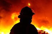 آتش سوزی کارخانه مصنوعات پلاستیکی در قم