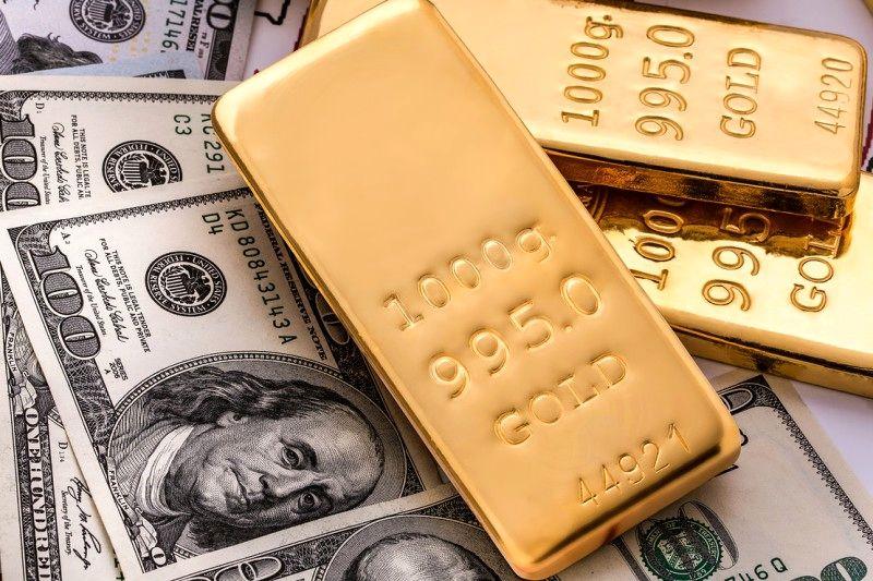 ورود ارز به صورت اسکناس و طلا به داخل کشور مجاز  است