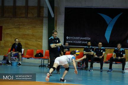 دیدار+تیم+های+والیبال+پیکان+تهران+و+شهرداری+ارومیه