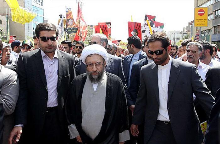 حضور آملی لاریجانی در مراسم گرامیداشت یوم الله 13 آبان