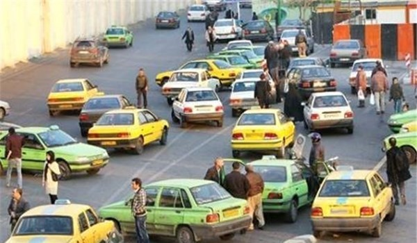 رانندگان تاکسی کرمانشاه باید کارت شناسایی داشته باشند