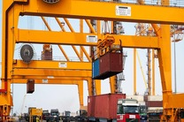 افزایش 6 درصدی ورود کشتی های تجاری به بندر شهید رجایی