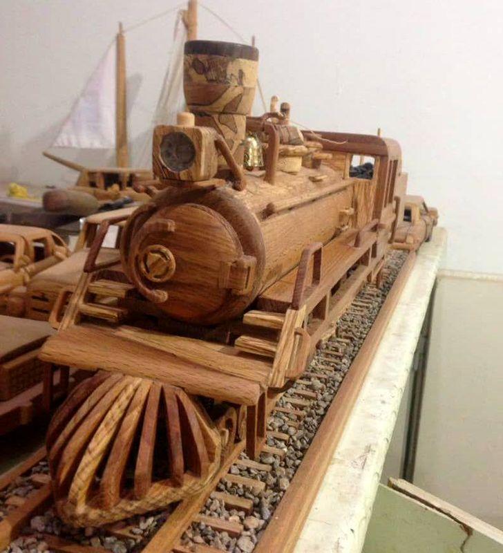 خلق ماکتهای چوبی در کارگاه کوچک هنرمند شهرضایی