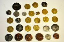 کشف ۸۱ سکه نقره متعلق به دوران قاجاریه و صفویه