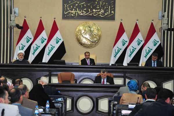 مقتدی صدر برای تشکیل کابینه باید نفوذ ایران در گروه های داخلی عراق را درنظر بگیرد