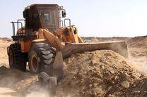 رفع تصرف ۹۵۰۰ متر مربع از اراضی ملی و دولتی در قشم