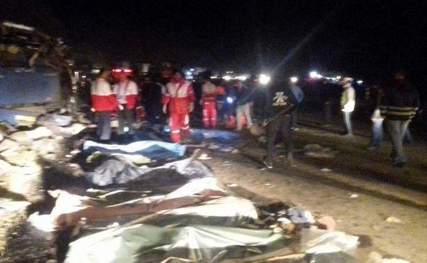 شناسایی اجساد جان باختگان واژگونی اتوبوس تهران- شیراز