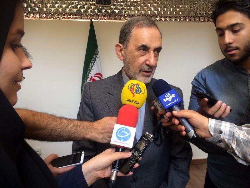 ایران اگر می خواست دیگران تصمیم گیر باشند انقلاب نمی کرد