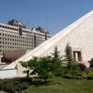 فرانسه حادثه تروریستی تهران را محکوم کرد