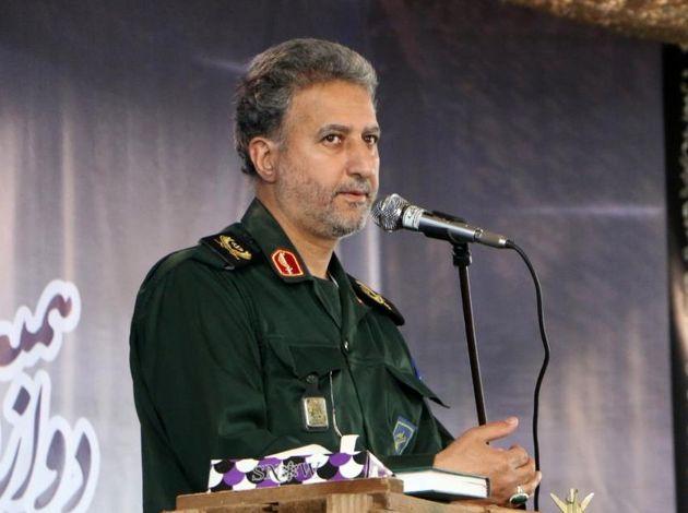ایران امروز روی شانه ابر قدرتهای دیروز سنگینی میکند