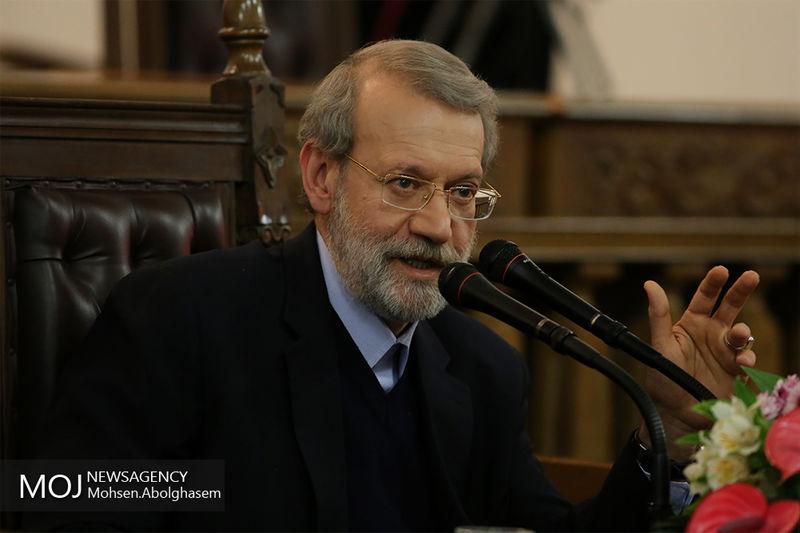 علی لاریجانی پیگیر روند درمانی آیت الله مومن شد
