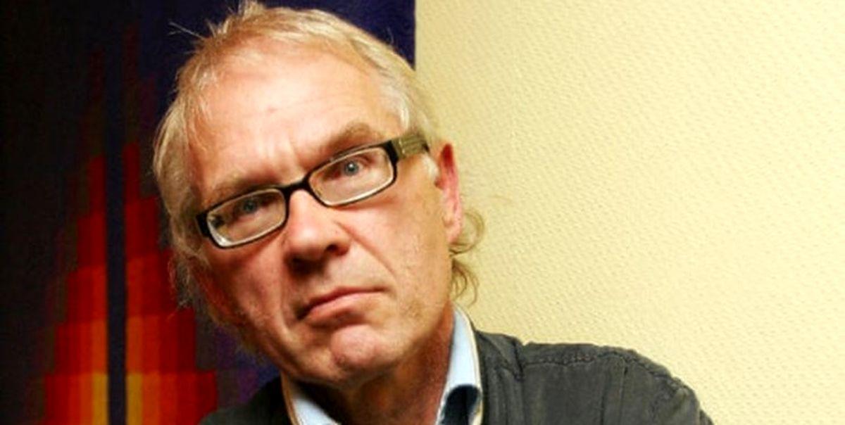 کارتونیست موهن به پیامبر(ص) در سانحه رانندگی کشته شد