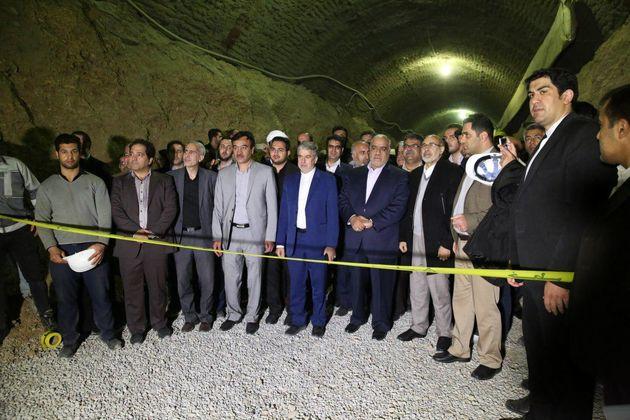 دو قطعه از فاز اول تونل قطار شهری کرمانشاه به یکدیگر متصل شد