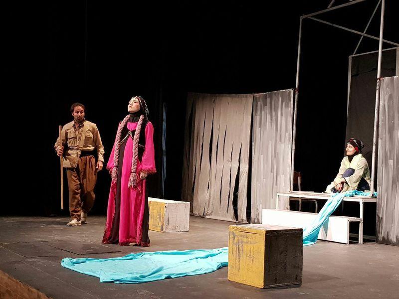 ارسال 58 اثر داخلی و خارجی به دبیرخانه جشنواره بین المللی تئاتر کُردی سقز