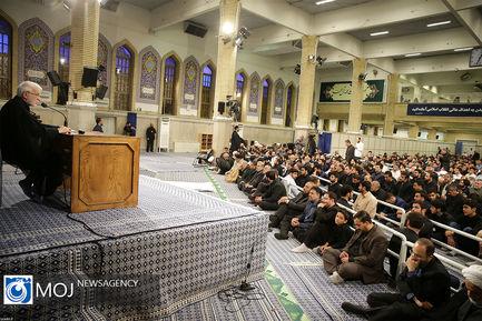 سوگواری مولای متقیان امام علی(ع) با حضور مقام معظم رهبری