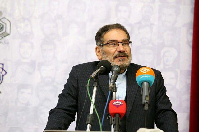 شمخانی از دانشگاه شریف بازدید کرد