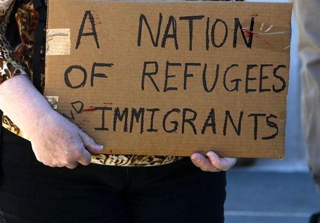 ورود پناهجویان به آمریکا در دوره ترامپ ۵۰ درصد کاهش یافته است