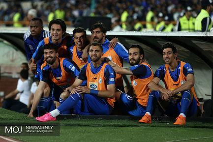 دیدار+تیم+های+فوتبال+استقلال+تهران+و+سپیدرود+رشت (1)