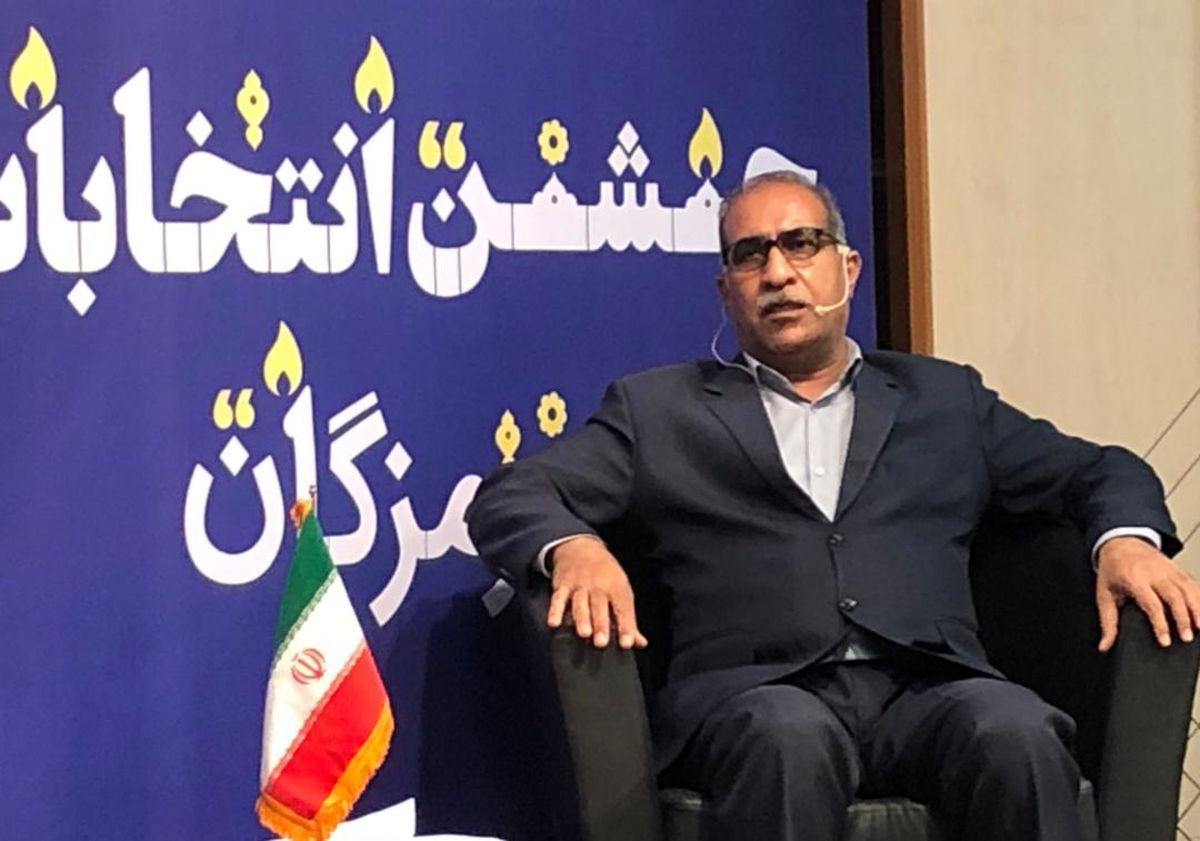 برخورد ناظران کمیته انتخابات با تبلیغات زود هنگام  کاندیدای شوراهای شهر بندرعباس