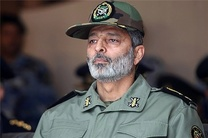 فرمانده کل ارتش جمهوری اسلامی ایران از پایگاه شکاری وحدتی دزفول بازدید کرد