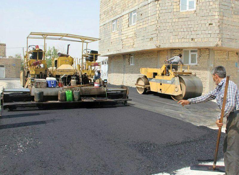 آسفالت 20 کیلومتر از راه های روستایی درشهرستان لنجان