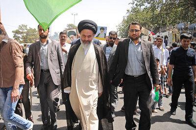 ملت ایران نشاندادند تا زمان پیروزی دست از مبارزه نخواهند کشید
