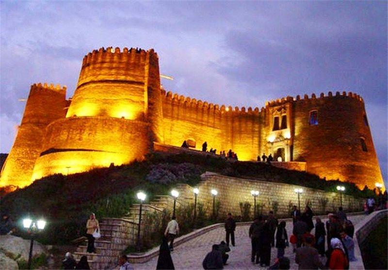 پانزده هزار و 557 گردشگر از قلعه فلک الافلاک بازدید کردند