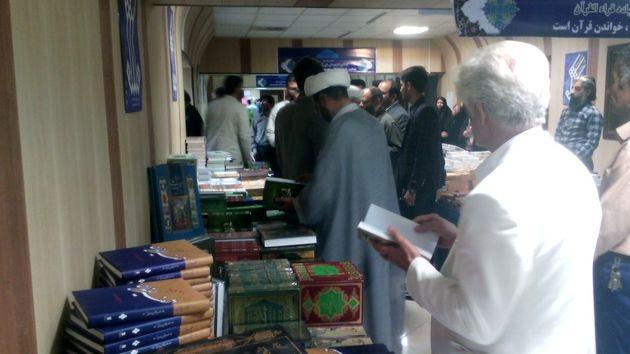 زندگی قرآنی آرامش و پیشرفت را برای جامعه به ارمغان میآورد