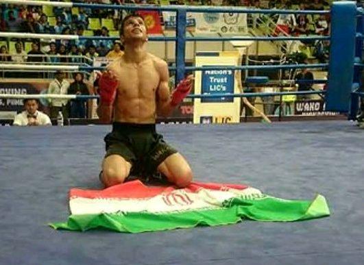 امید احمدی صفا به مدال نقره مسابقات جهانی کیک بوکسینگ رسید