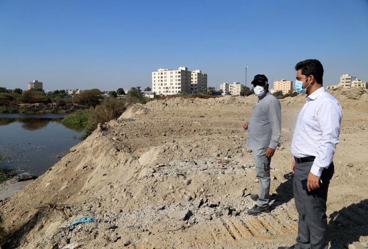 عملیات اجرایی بوستان شهدای اسلام آباد بندرعباس آغاز شد