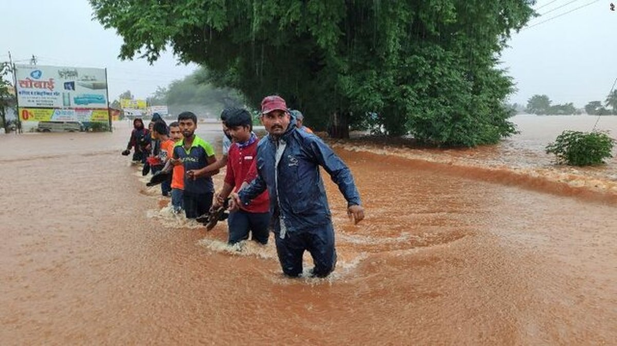 وقوع سیلاب در نپال و هند ۱۱۶ کشته برجا گذاشت