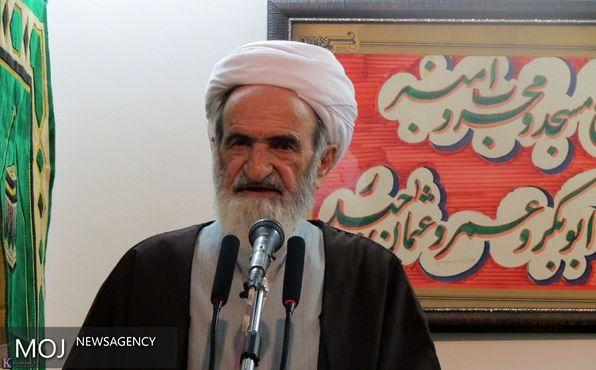 امام حسین(ع) با شهادت خود اسلام را زنده نگه داشت
