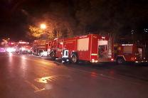 مهار آتش در کارگاه تولیدی فیروز بهرام ادامه دارد