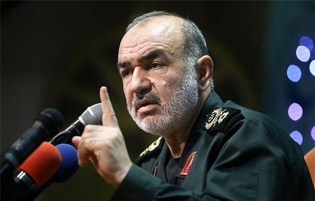 اهداف راهبردی دشمن تحت سیطره انقلاب اسلامی است