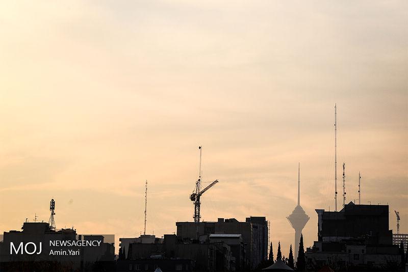 کیفیت هوای تهران در 13 آذر ناسالم است