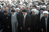 رهبر معظم انقلاب بر پیکر مطهر سردار سلیمانی نماز اقامه کردند