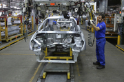 تولید سراتو متوقف شد/ندانمکاری خودروسازان بار دیگر دامن خریداران را گرفت