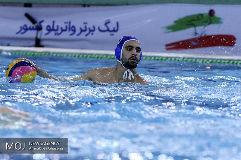 اهدای کاپ قهرمانی لیگ برتر واترپلوی ایران به هیات شنای استان یزد