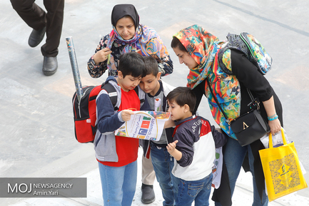 سومین روز سی و دومین نمایشگاه بینالمللی کتاب تهران