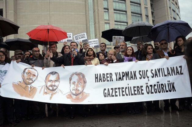 آغاز محاکمه 11 فعال حقوق بشر در ترکیه