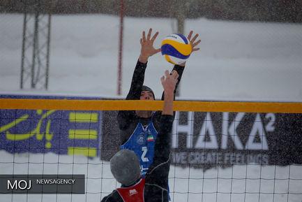 مسابقات والیبال روی برف در پیست دیزین