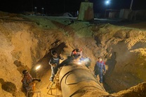ارتقا پایداری انتقال گاز با عملیات اسلیو گذاری بر روی خط 56 اینچ