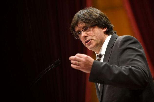 انحلال دولت کاتالونیا را به رسمیت نمی شناسیم